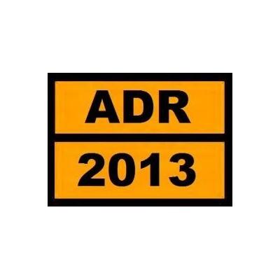 Kit ADR para o transporte de mercadorias perigosas por estrada.