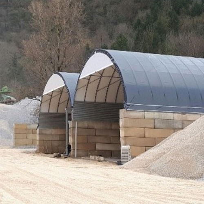 Túnel de 15x30x8,35m de alto sobre suelo de hormigón