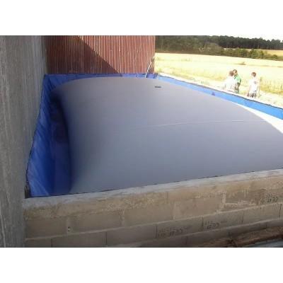 Cisterna para efluentes de granja color gris de 10m3 con equipos estándares (ver catálogo)